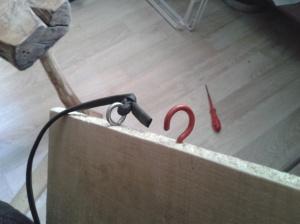 Mise en places des crochets de serrage et da le chambre à air