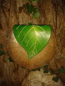 Sac cuir artisanal modèle ''arbre''